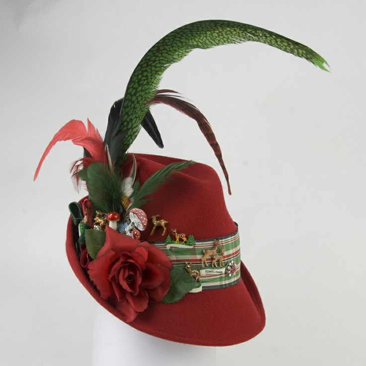 Bavarian alpine hats are the latest must have, not only during the Oktoberfest! Now also available in fashionable colours, decorated with vintage accessories by http://www.nicpink.de Mausi Schmuck from Oberhaching.