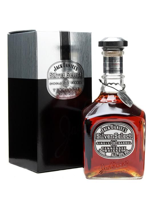 Jack Daniel's Silver Select 70cl / 50% Tennessee Whiskey Considered by many to be the jewel in the crown of the Jack Daniels stable, Silver Select is bottled at a significantly higher strength, resulting in a greater intensity of flavour. A full-on Tennessee whiskey experience.🥃
