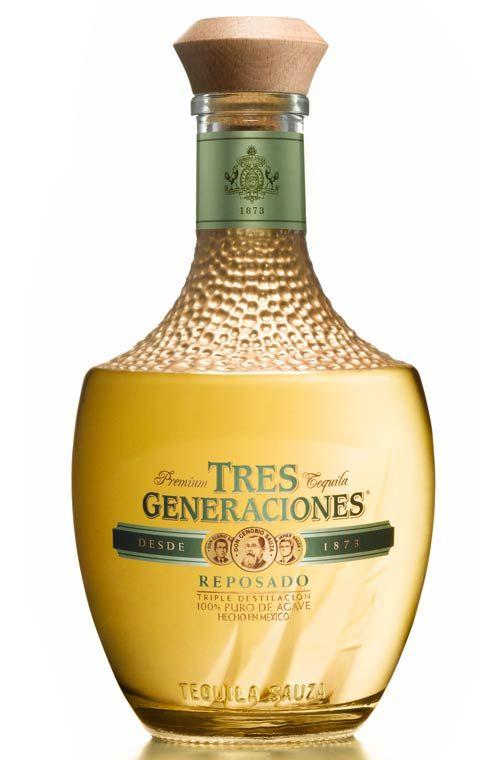 tres generaciones tequila - reposado - 2009 bottle presentation