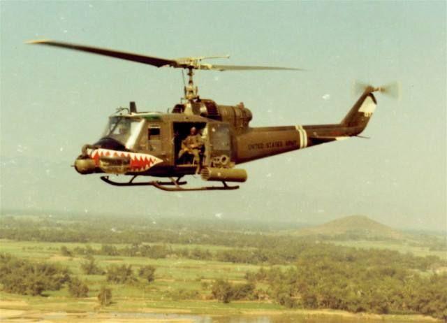 Huey Gunship Helicopters Pinterest Posts Vietnam