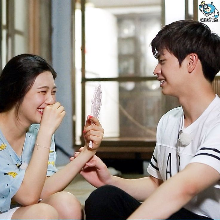 sungjae and joy selca - Buscar con Google