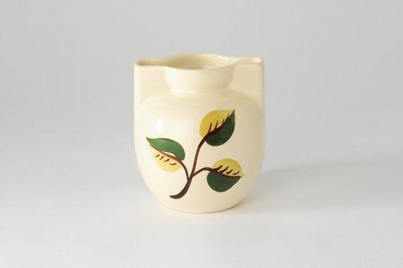 Little Leaf Mid Century Vase by fallaloft on Etsy
