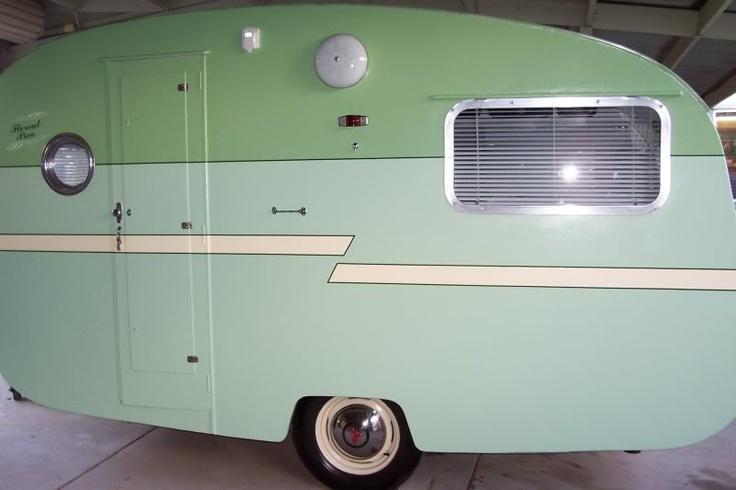1957 Phoenix Bondwood Caravan