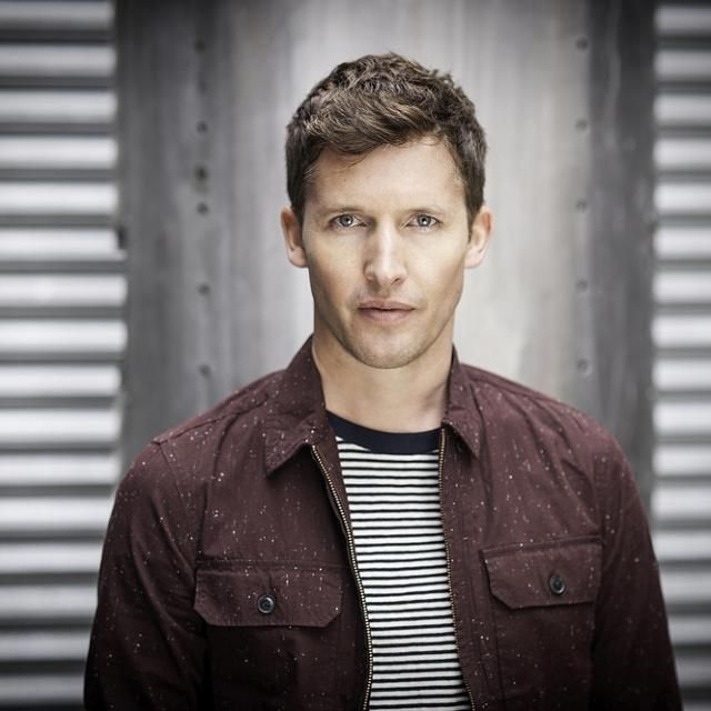 James Blunt......A BEAUTIFUL PICTURE OF JIM.......ONE OF MY FAVORITE SINGERS OF ALL TIME.