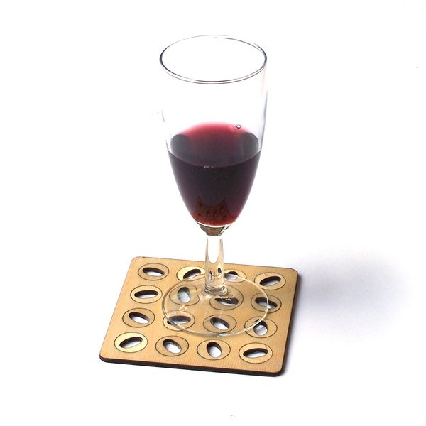PRODUCTS :: LIVING AND DESIGN :: Kitchen :: Trivets :: Set of elegant laser cut wooden coasters - Model 4.1