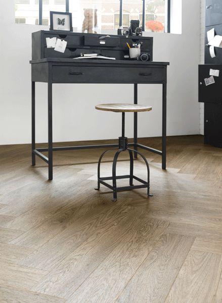 www.kantoorprojecten.nl Geen hout, maar pvc vloer van Forbo.