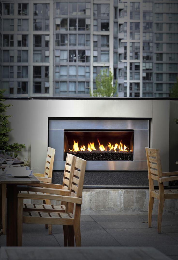 Beautiful shot of Escea's outdoor gas fireplace
