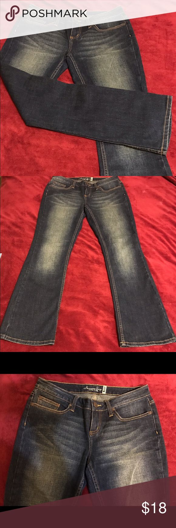 American Rag, Women's Jeans 👖 Size..9 Short Nice women's boot cut jeans 👖 in excellent condition. 80% cotton, 18% polyester and 2% spandex. American Rag Jeans Boot Cut