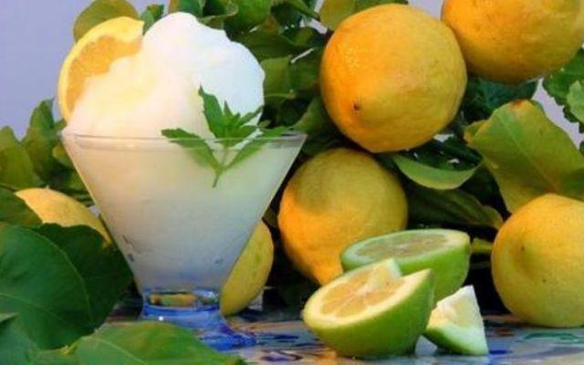 Ecco il segreto della ricetta originale per la granita di limone siciliana #granita #ricetta #limone #siciliana