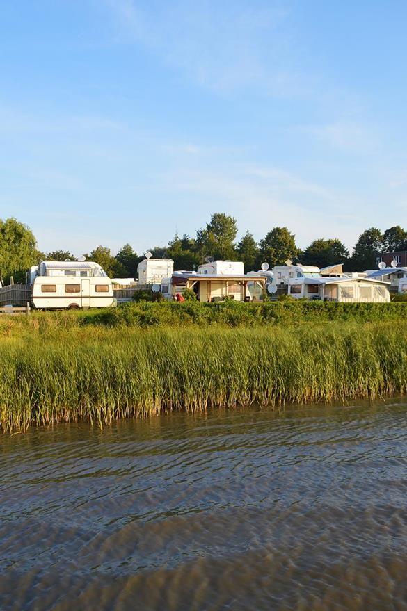 Wohnmobilhafen Eiderblick - Nordsee-Campingplatz in Tönning bei St. Peter-Ording, Eiderstedt