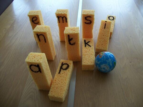 * Spons-bowling! Handleiding op www.facebook.com/DeDyslexieExpress