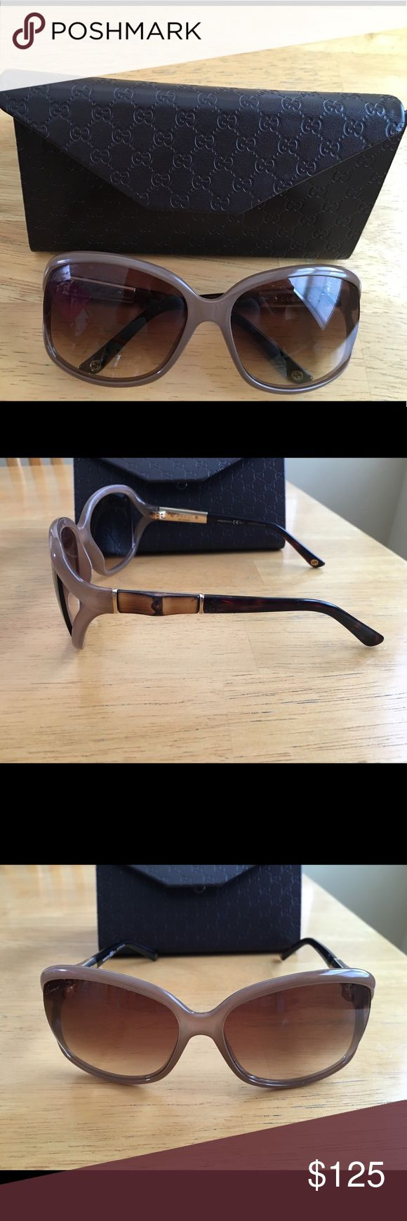 Gucci womens sunglasses Gucci oval womens bamboo temple sunglasses. Worn once, like new condition Other