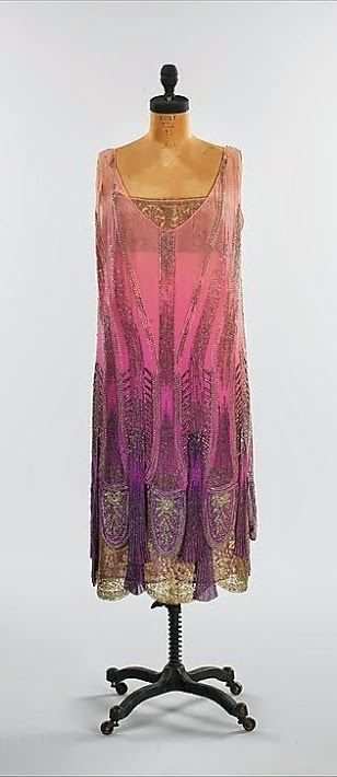 Philippe & Gaston Dress - c. 1925 -  Silk, beads - The Metropolitan Museum…