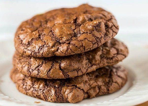 طريقة عمل كوكيز قولدن براون Chocolate Truffle Cookies Truffle Cookies Delicious Desserts