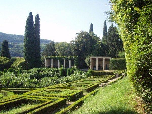 Giardino di Pojega a Villa Rizzardi,  Negrar (VR - Veneto