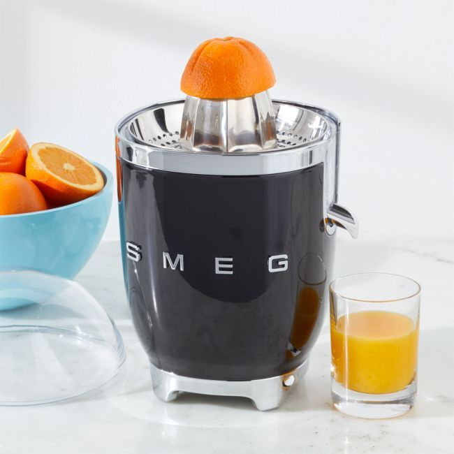 SMEG Citrus Juicer Black + Reviews