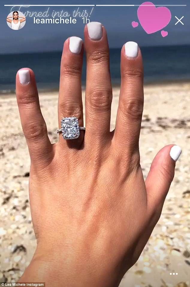 Lea Michele Shares Another Snap Of Stunning 4 Carat Diamond Ring Celebrity Engagement Rings Radiant Engagement Rings Buy Wedding Rings