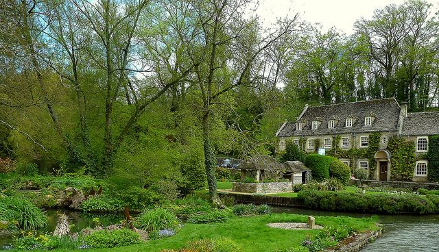 Trout Farm Gardens and Swan Hotel at Bibury by Jayembee69, via Flickr