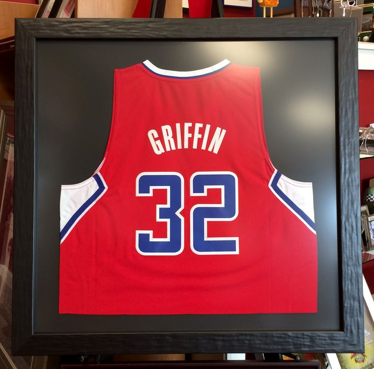 Doesn't this jersey look even better framed with non-glare glass? We think Griffin would approve. #Griffin #LA #Clippers #Jersey #CustomFraming Thanks, Tru Vue!