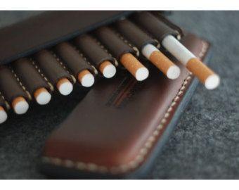 Pitillera de cuero sostenedor de cigarrillo por ArtLeatherDesign