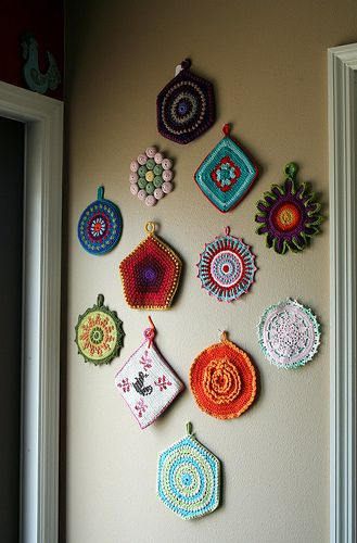 potholders-I have to do this in my kitchen.