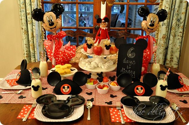 Announce a Disney vacation with a Disney breakfast at home...totally doing this for future children. Or you know, my twin. Sound good, @Ariel Woodruff?