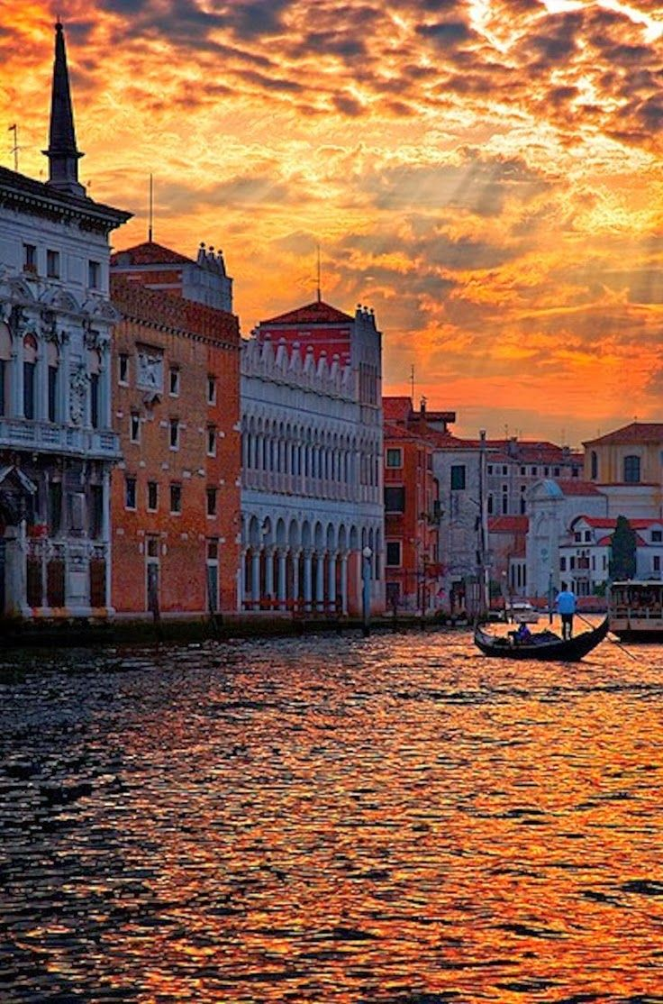 Top 10 Best Honeymoon Destinations - Venice, Italy. Having a ride in a gondola just as the sun sets with the love of your life sounds like heaven to me.