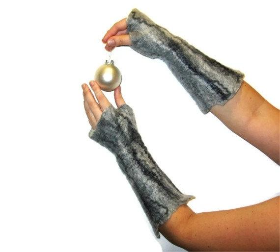 Felted Fingerless Gloves Mittens Gray by SilkMagic on Etsy, $35.00