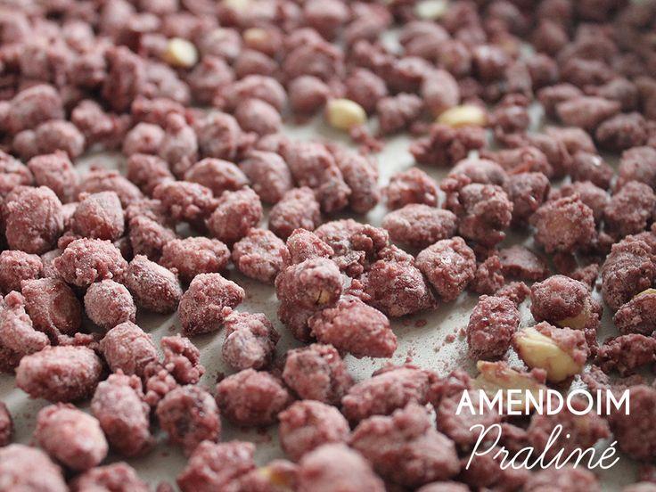 Amendoim Praliné. Receita completa em http://gordelicias.biz.