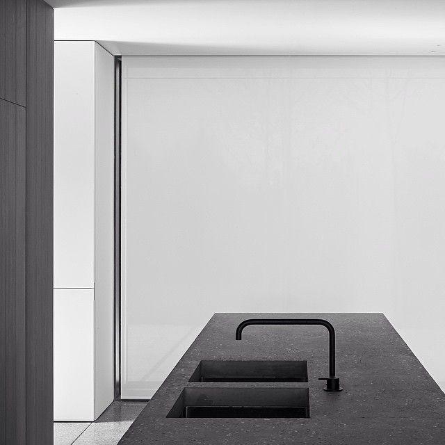 Πάνω από 25 κορυφαίες ιδέες για Kücheneinrichtung Edelstahl στο - küchenrückwand aus glas