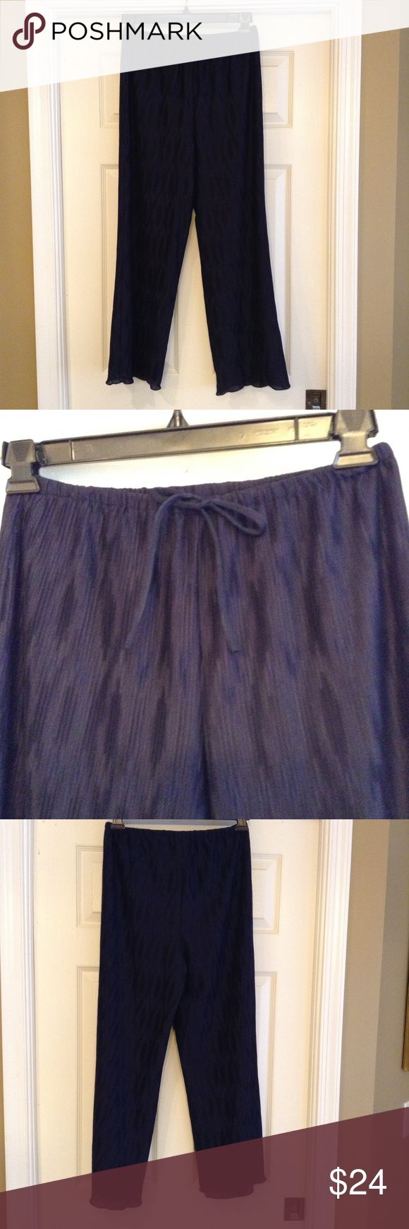 Drawstring Ballinger Gold Pants Navy Beautiful navy drawstring pants, fabric is sheer and gorgeous, fully lined, drawstring tie at waist. Ballinger Gold Pants