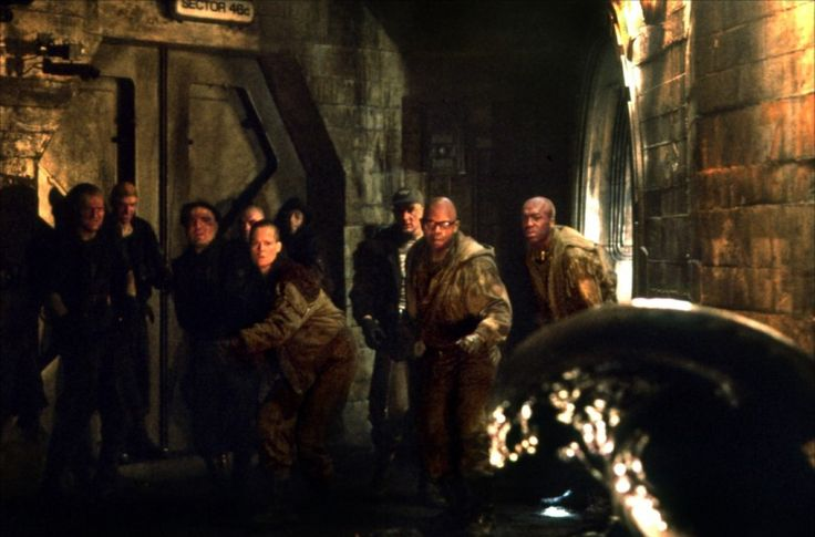 Alien 3 - Holt McCallany - Sigourney Weaver - Clive Mantle - Ralph Brown - Carl Chase - Nick Gillard