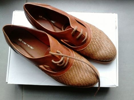 LOREAK MENDIAN Bottines & low boots motards http://www.videdressing.com/bottines-low-boots-motards/loreak-mendian/p-5478808.html?&utm_medium=social_network&utm_campaign=FR_femme_chaussures_bottines___low_boots_5478808