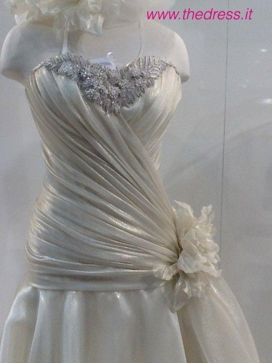 Dorella - Exclusive thedress.it http://www.thedress.it/4982/esclusiva-la-sposa-carlo-pignatelli-couture-2013-dal-vivo/