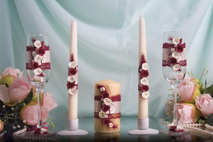 Комплект атрибутов ручной работы с  розами из пластики- бокалы и свечи семейного очага - для свадьбы в бордовом цвете. #свадьбы #атрибуты #бокалы #семейный очаг #бордо #ручная_работа #soprunstudio