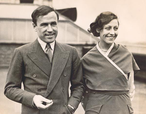 Amy Johnson (1903-1941) foi outra fera da aviação. Na década de 1930, ela se tornou a primeira mulher a voar da Grã-Bretanha à Austrália. E como se isso não bastasse, Amy quebrou diversos recordes ao completar voos longíssimos.