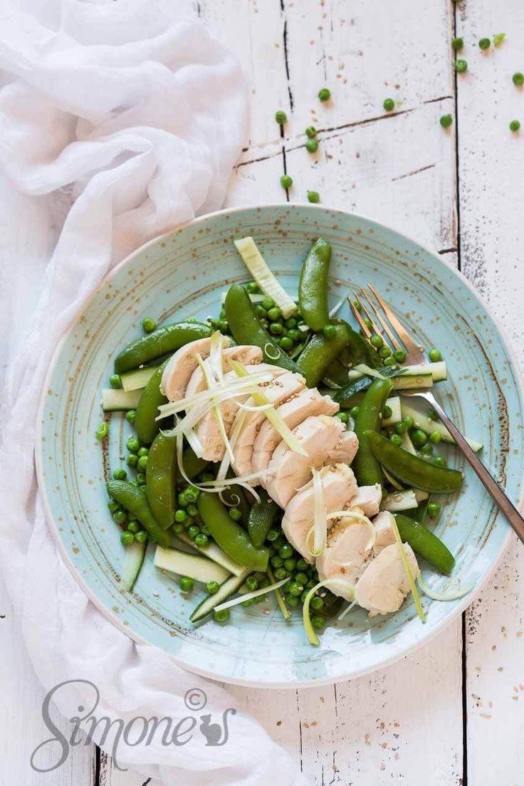 Gepocheerde kip met groene groenten | simoneskitchen.nl