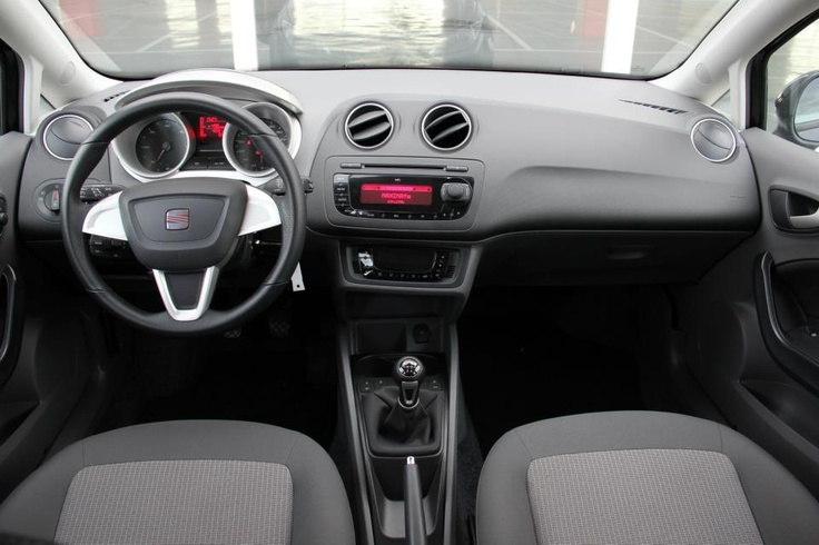 Interior del Seat IBIZA ST (familiar)