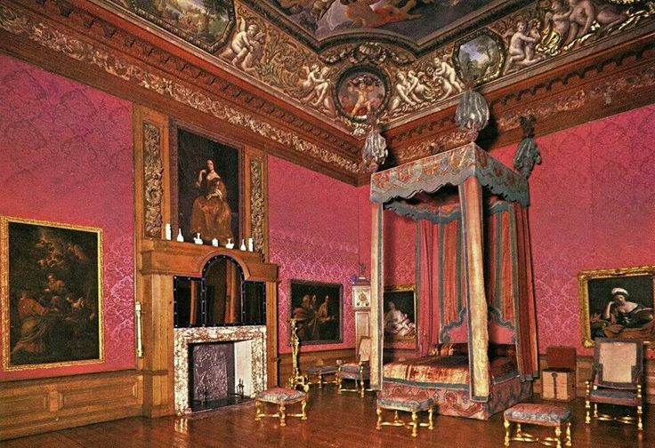 Buckingham palace queen bedroom and palaces on pinterest - The King S Bedroom Hampton Court Tudors Pinterest
