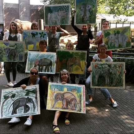 Olifanten tekenen bij Artis - Leuke familie dingen doen - unieke kinder, concert, pretpark, reizen, boek, film, en winkel tips.