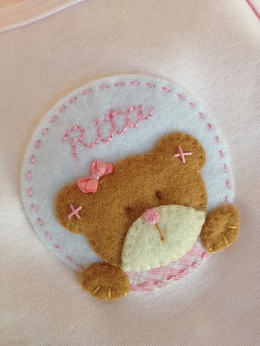 Love this baby girl bear head tag in felt...NO patterns