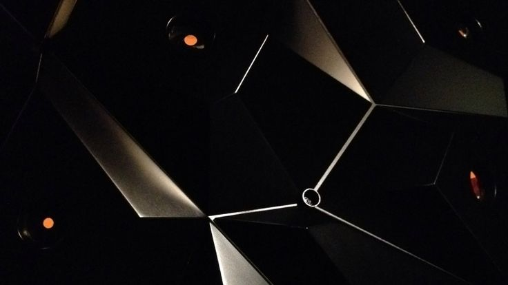 Part of the Exhibition at the KiKK Festival Belgium, 2013.  The iris technology derives from the installation Aperture by TheGreenEyl, 2012 at Stereolux Nantes. Corpus built by Tischlerei Bächer Köln  | Portfolio Felix Kraemer http://formall.de/