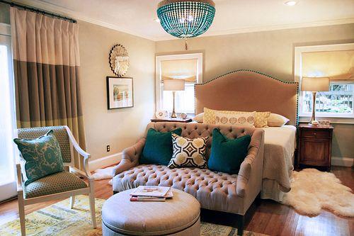 love the accents: Idea, Beds, Color, Seats Area, Bedrooms Design, Design Bedrooms, Master Bedrooms, Bedrooms Decor, Cozy Bedrooms