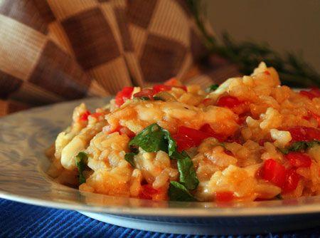 Receita de Risoto de tomate fresco, Rúcula e Mussarela de búfala - risoto NÃO é arroz empapado. São grãos inteiros, ligados por um creme que…