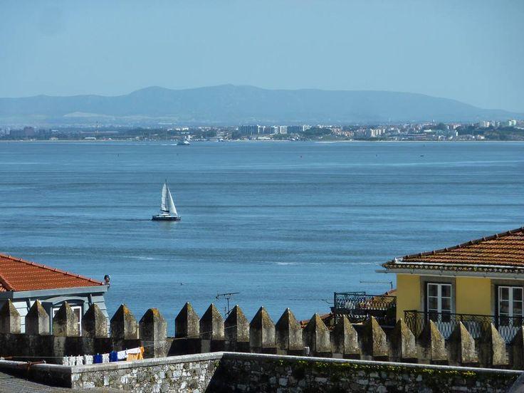 View to the water. The Rio Tajo.  #Lisbon #Portugal #lisboa #lisbonportugal #lisbonlovers #lisbonscenes #lisbonlover #europetravel #traveleurope #europe #europeanvacation #europetravels #travelblog #travelpics #travelphotos