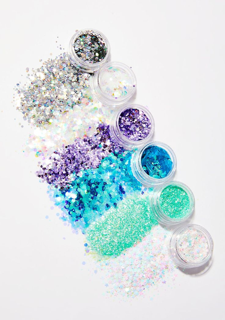 Lunautics Malibu Superstar Stax cuz you could never ever have enough glitter in life. This 6 pack of cosmetic grade glitter is non-toxic and cruelty free.