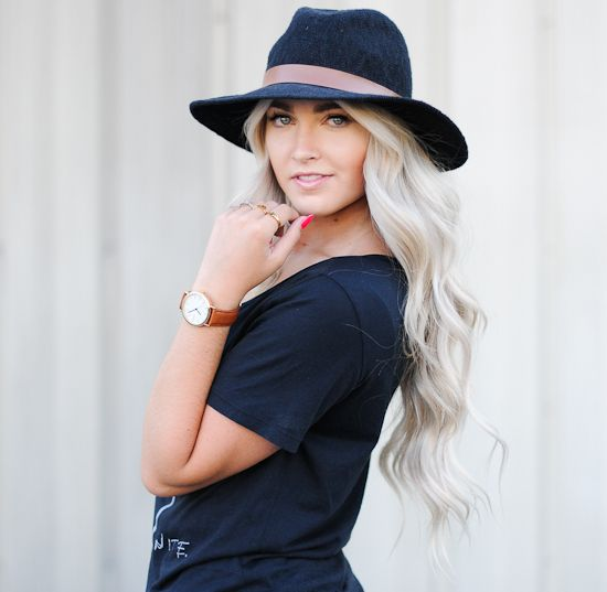 long curls, love this hair. Wish I had this hair but not the color
