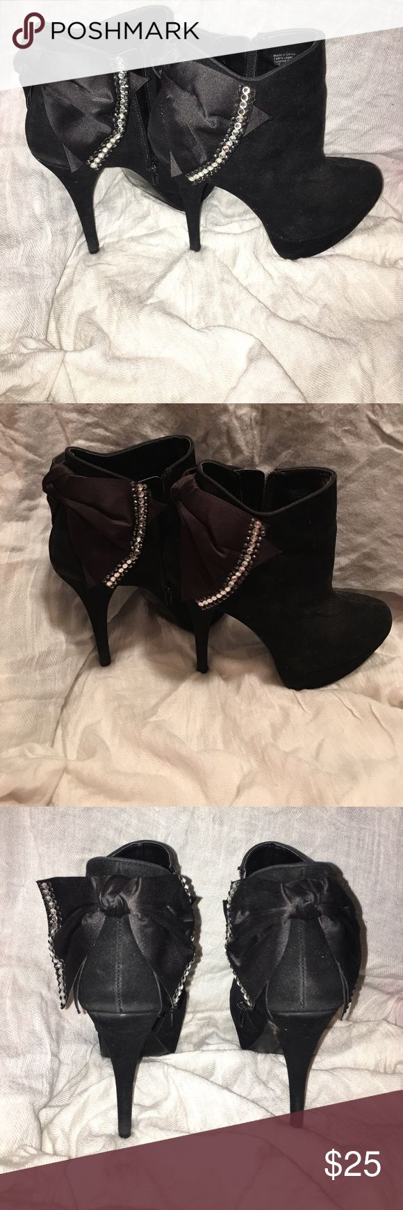 Rhinestone bow heel boots !! Rhinestone bow heel boots size 7 .5 Bakers Shoes Ankle Boots & Booties