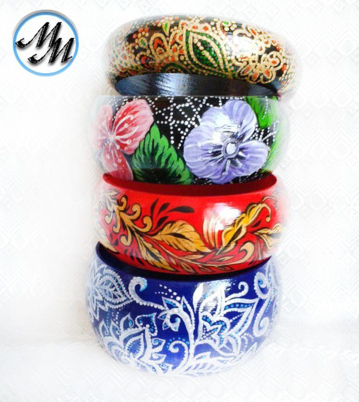Деревянные браслеты с авторской росписью акрилом в разных стилях