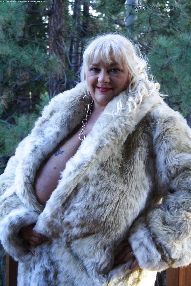 29 Best Bbw In Fur Images On Pinterest  Furs, Fur And Fur -2245